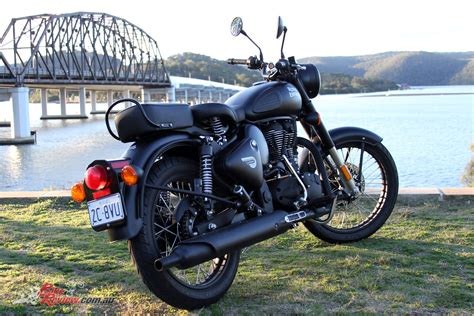 2018-Royal-Enfield-Classic-500-ABS-9675 - Bike Review