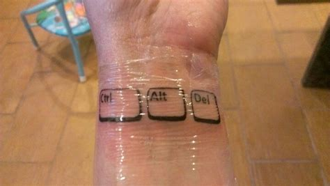 geek tattoo tattoos   love pinterest