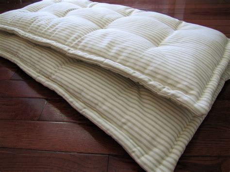 rembourrage coussin canapé coussin de canape sur mesure maison design bahbe com