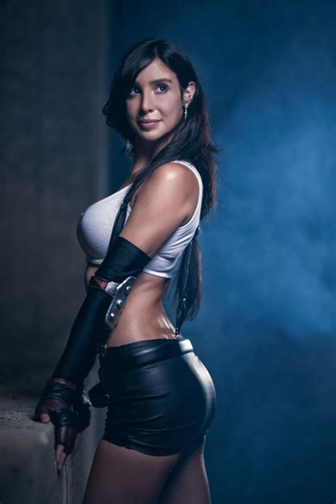 tifa lockhart  final fantasy vii cosplay