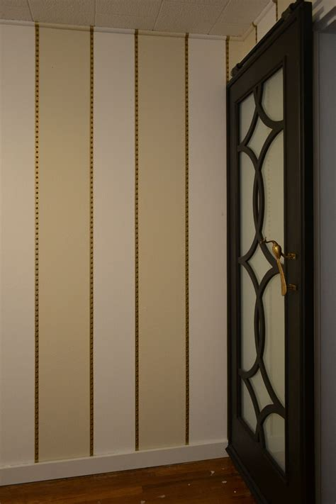 room wall treatment fancy textured vertical stripes