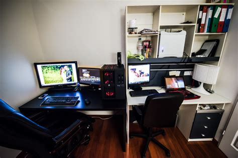 ordinateur de bureau gamer bureau de travail photographique 2014 photographe
