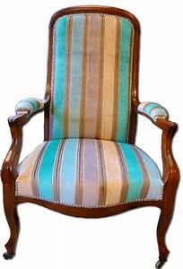 Fauteuil Voltaire Moderne : tapisserie ameublement et restauration mobilier le fauteuil voltaire tendance d co ~ Teatrodelosmanantiales.com Idées de Décoration