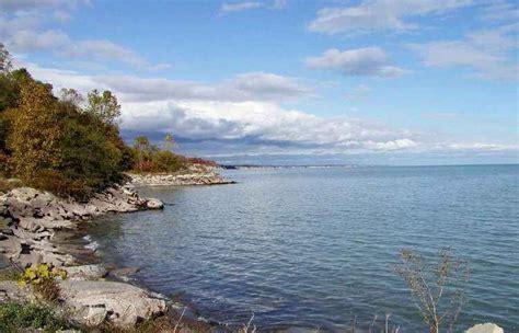 Le Cground Erie Pa by Il Lago Erie In Canada E Lo Spettacolo Delle Sue Onde
