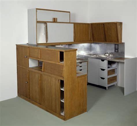 cuisine bauhaus meuble cuisine atelier le corbusier type 1 bauhaus