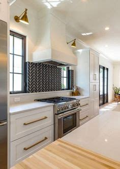 this house kitchen cabinets beautiful backsplash tile for kitchen en la cocina 8462