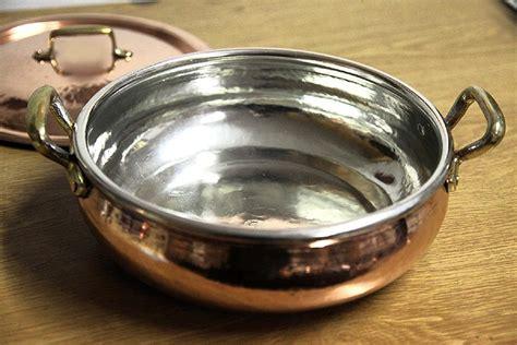 tin lined copper pan  brass handles cm diameter