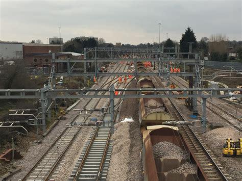 network rail announces preferred bidders