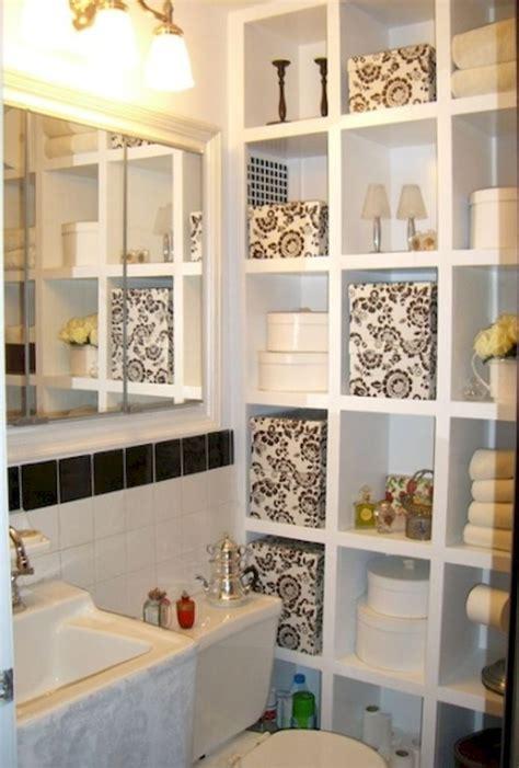 Clever Diy Small Bathroom Decor Ideas 03 Wartaku