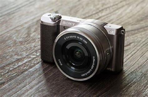 harga  spesifikasi kamera sony alpha  terbaru