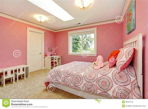 photo des chambres a coucher chambre à coucher pour des filles photo stock