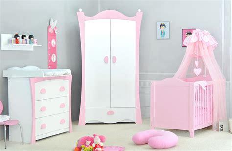 décorer une chambre de bébé decorer la chambre de bebe pas cher