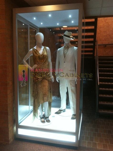 Mannequin Display Cabinets ? WestField Properties USA