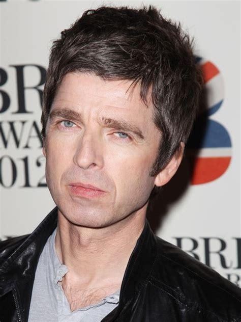 Noel Gallagher → Peso, Idade, Altura e Signo dos famosos ...