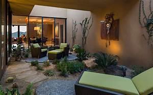 Mini Salon De Jardin : une r sidence dans le d sert de l arizona avec sa charpente originale en bois construire tendance ~ Teatrodelosmanantiales.com Idées de Décoration
