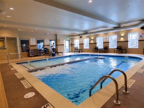 Indoor Pool Featuring Bubble Lounge