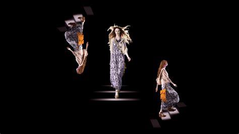 Forever 21 Hologram Fashion Show & Pop-up Shop