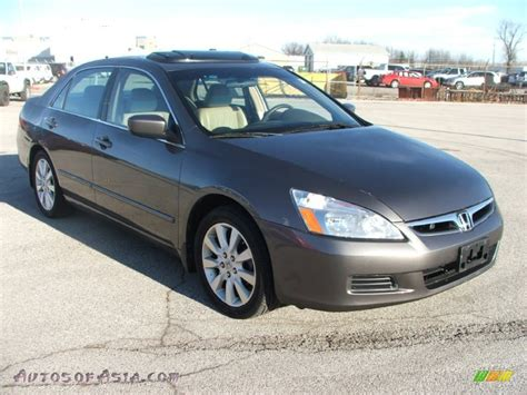 honda accord    sedan  carbon bronze pearl