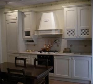 Veneta cucine cucina in offerta per rinnovo for Cucine da villa