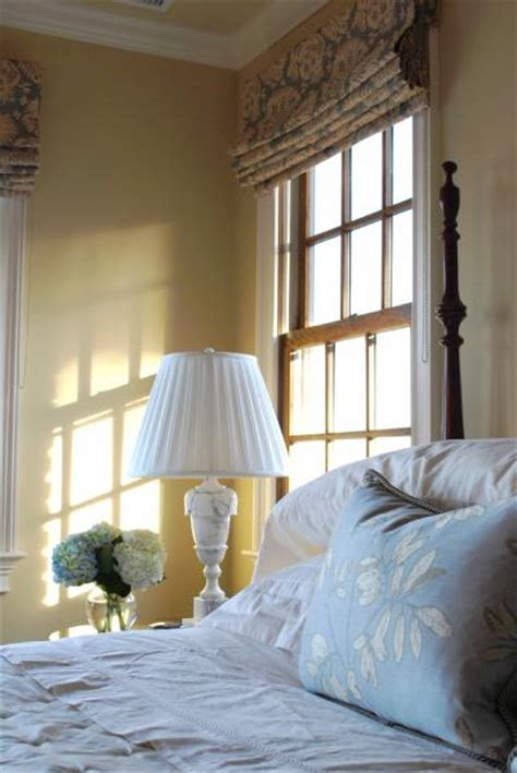 benjamin moore monroe bisque design ideas