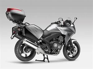 Honda Cbf 1000 F : 2012 honda cbf1000f moto zombdrive com ~ Medecine-chirurgie-esthetiques.com Avis de Voitures