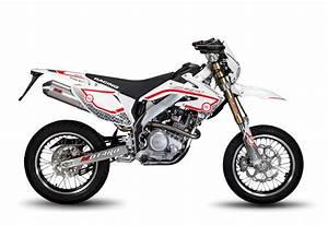 Supermotard 125 2t : derapage 125 cc lemoto racing ~ Medecine-chirurgie-esthetiques.com Avis de Voitures