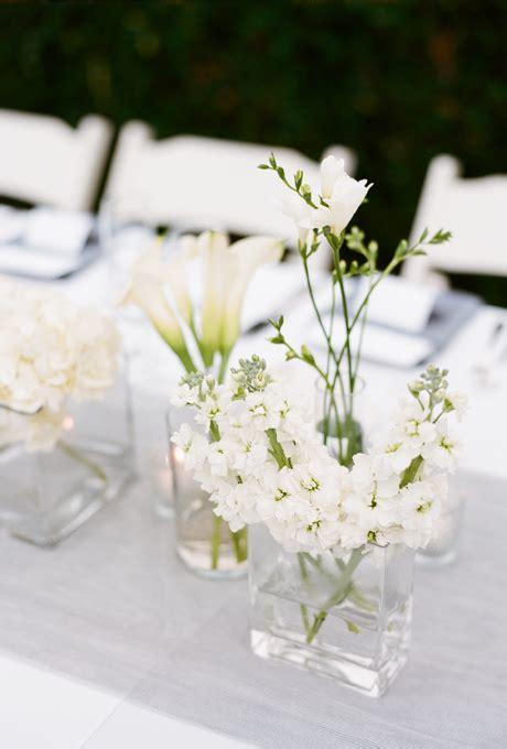 white flower table l simple floral wedding centerpieces white centerpiece