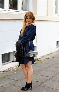 Kleid Stiefeletten Kombinieren : dunkelblaues off shoulder kleid stiefeletten rockig kombiniert ~ Frokenaadalensverden.com Haus und Dekorationen