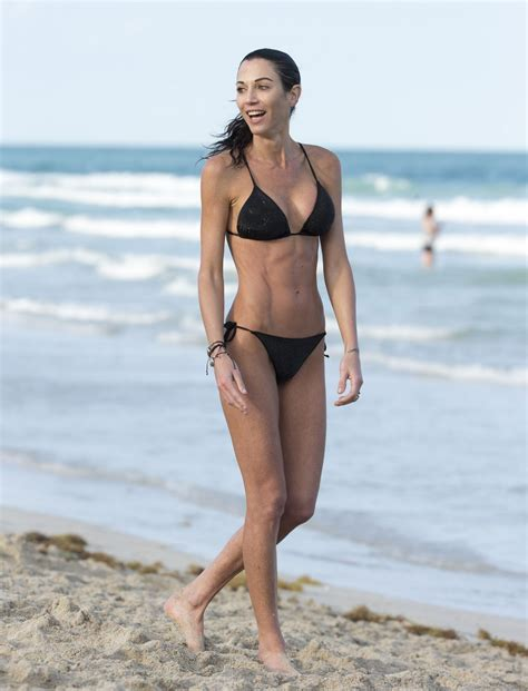 gabriela de la garza bikini federica torti in a bikini doing yoga on the beach in