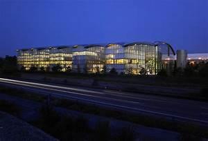 Lufthansa Aviation Center : gira referenzen lufthansa aviation center frankfurt ~ Frokenaadalensverden.com Haus und Dekorationen