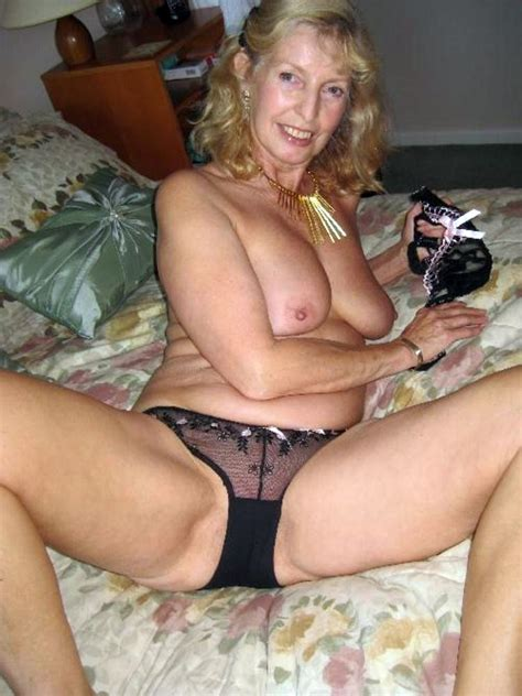 Busty Mature Ladies Are Posing Fully Nude