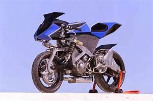 Racing Caf U00e8  Ry660griffon