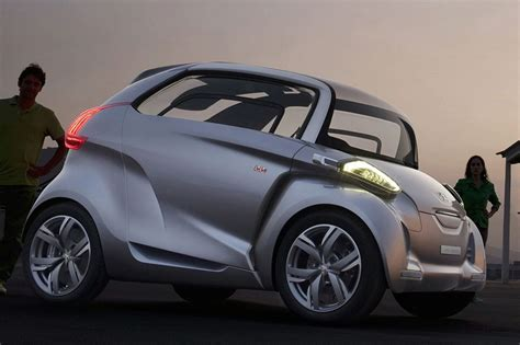lelijkste auto van de iaa peugeot bb concept autoblognl