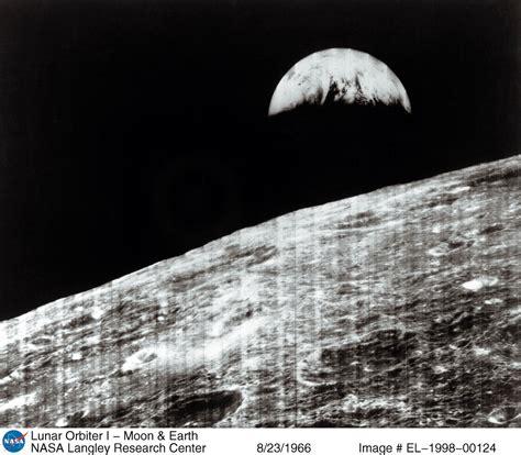 La Terre Vue De La Lune Nasa by Quelques Clich 233 S De L Espace Pour F 234 Ter Les 57 Ans De La Nasa