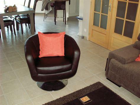 fauteuil de bureau pivotant petit fauteuil pivotant photo 3 4 un petit fauteuil