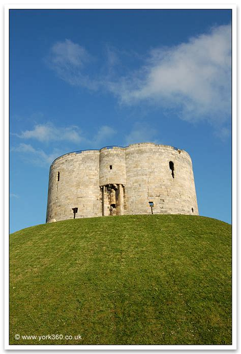 york   york cliffords tower