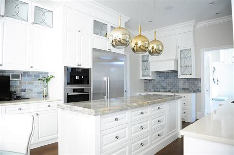 Khloe Kardashian Kitchen Island Built In Fridge Design Ideas