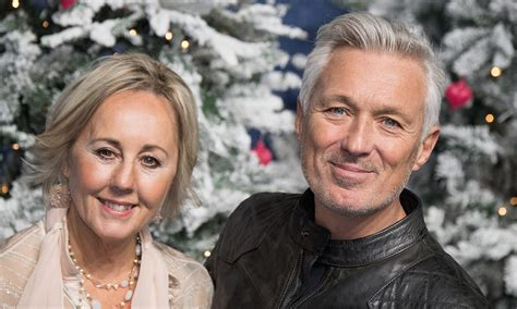 Martin Kemp's wife Shirlie sparks second wedding rumours ...