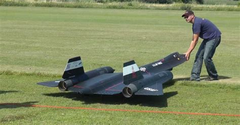Rc Jet Boat For Sale South Africa by Gigantic R C Jet Turbine Powered Sr 71 Blackbird Showing