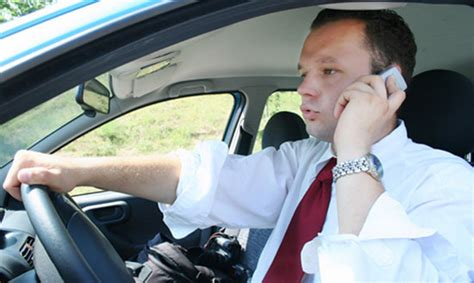 cell phone use while driving continue to use cell phones while driving