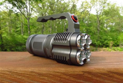 ultrafire uf t90 senter with 4 led cree xm lu2 2000 lumens