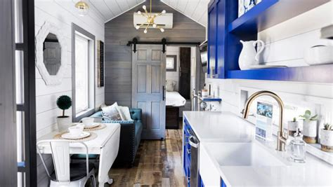 youre moving   tiny house     kitchen