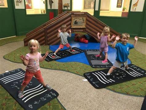 forney tx child daycare center amp preschool 589 | preschool yoga at phoenix childrens academy private preschool forney tx 600x450