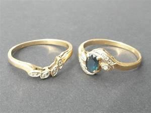 Pierre Precieuse Bleue : deux bagues en or avec diamants et pierre pr cieuse bleue ~ Melissatoandfro.com Idées de Décoration