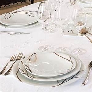Service De Table Pas Cher : visuel service de table moderne pas cher vaisselle maison ~ Teatrodelosmanantiales.com Idées de Décoration