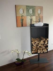 Kaminholzregal Innen Design : kaminholzregale aus metall f r den innen und au enbereich ~ Markanthonyermac.com Haus und Dekorationen