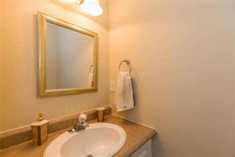 32 La Citadelle St Embrun On-large-012-9-powder Room
