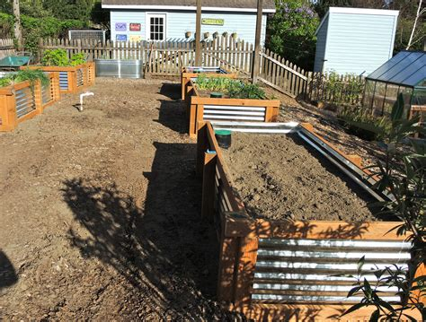 galvanized garden beds blueberry hill crafting