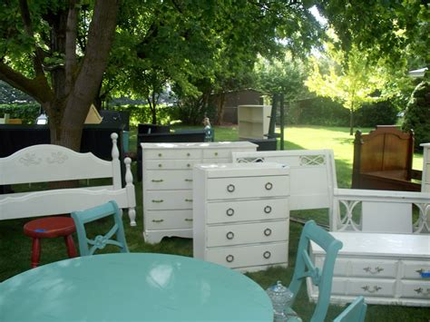 Yard Furniture Sale by Karie S Chic Creations Re Do Furniture Yard Sale