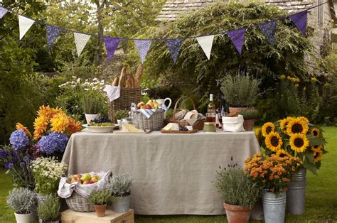 summer entertaining party ideas   fabulous